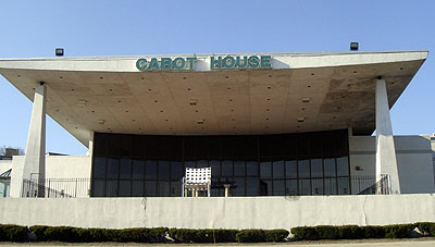 I Know Cabot House Used To Be Some Sort Of Function Hall And Wish It Still Was No Offense But Seems Like A Waste E For